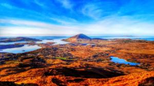Scenic connemara national park or kylemore abbey